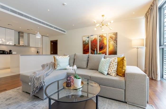 Apartment in Modern City Walk, Jumeirah - 3