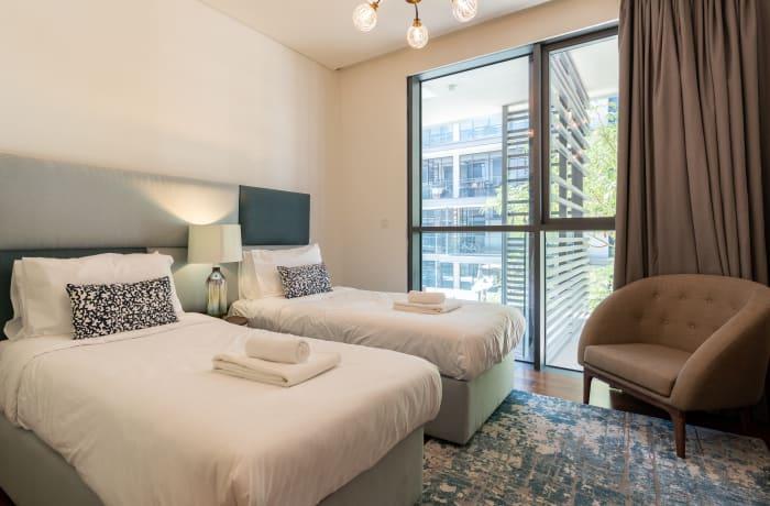 Apartment in Modern City Walk, Jumeirah - 13