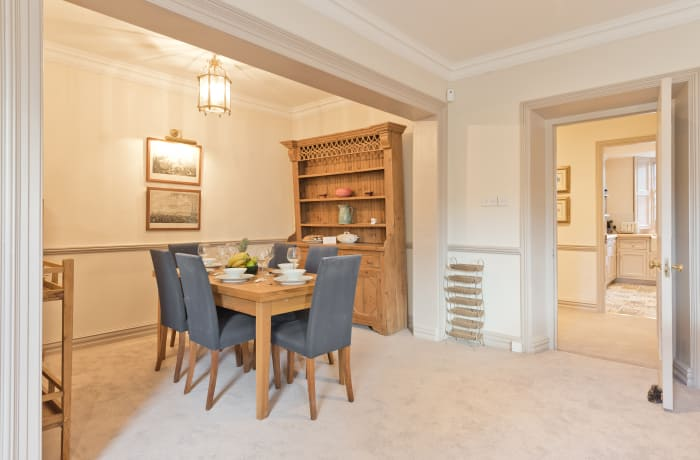 Apartment in Elegant Ballsbridge, Ballsbridge - 3