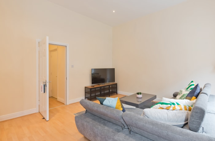 Apartment in Talbot Spire, Dublin North - 5