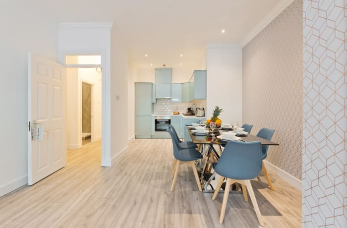 Apartment in Trinity near Liffey, City Centre - 6