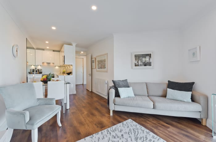 Apartment in Bright Christchurch II, Georgian Dublin - 8