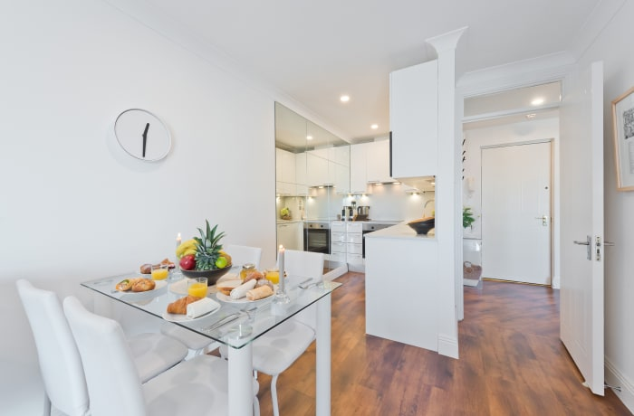 Apartment in Bright Christchurch II, Georgian Dublin - 9