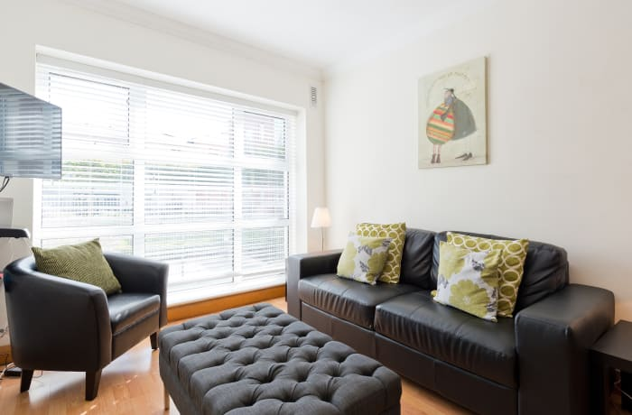 Apartment in Contemporary Charlotte Quay II, Grand Canal Dock - 3