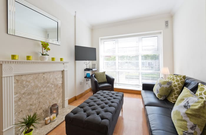 Apartment in Contemporary Charlotte Quay II, Grand Canal Dock - 2