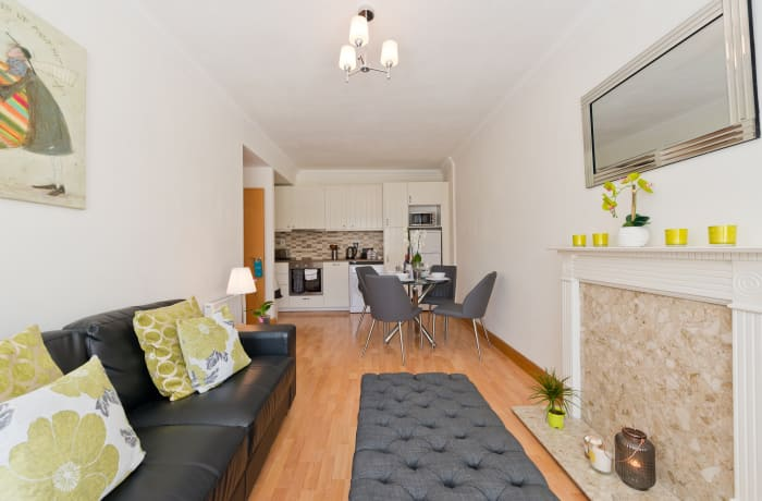 Apartment in Contemporary Charlotte Quay II, Grand Canal Dock - 4