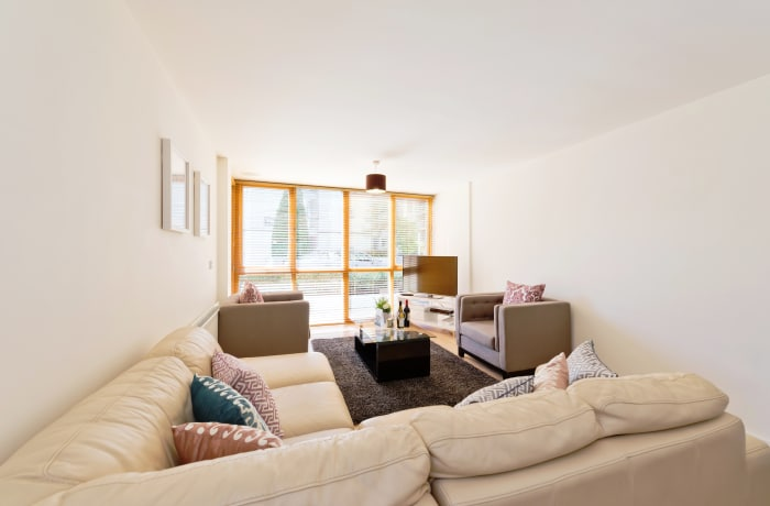 Apartment in Spacious Grand Canal III, Grand Canal Dock - 2