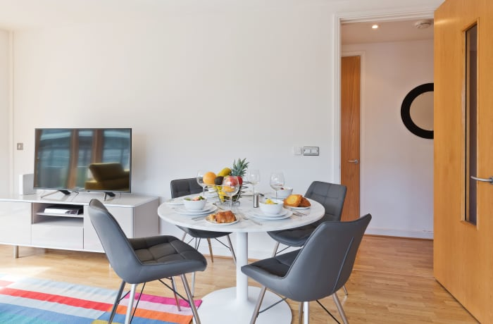 Apartment in Hanover Wharf, Grand Canal Dock - 5
