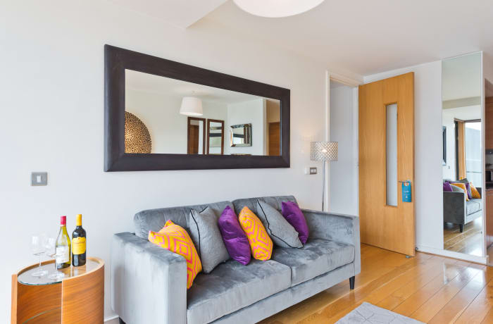 Apartment in Lovely Riverside I, Grand Canal Dock - 2