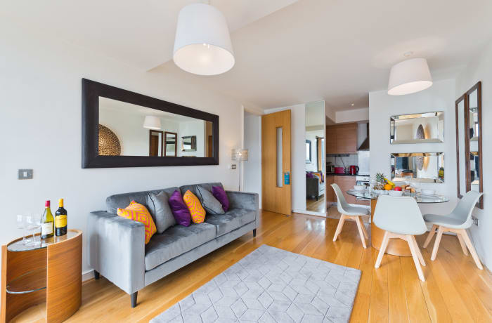 Apartment in Lovely Riverside I, Grand Canal Dock - 3
