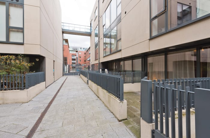 Apartment in Lovely Riverside II, Grand Canal Dock - 17
