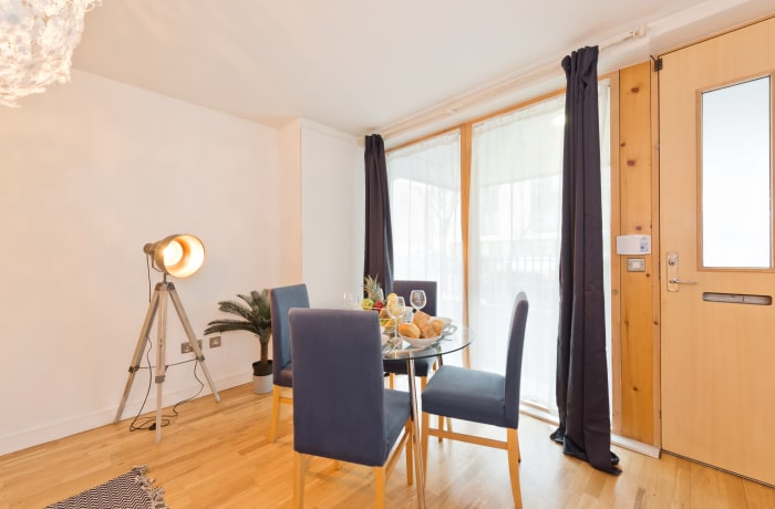 Apartment in Lovely Riverside II, Grand Canal Dock - 6