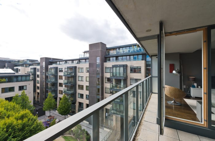 Apartment in Lovely Riverside, Grand Canal Dock - 17