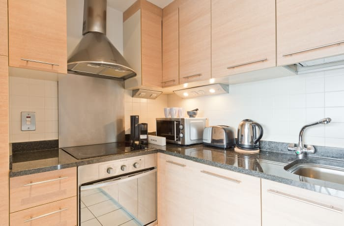 Apartment in Lovely Riverside, Grand Canal Dock - 9
