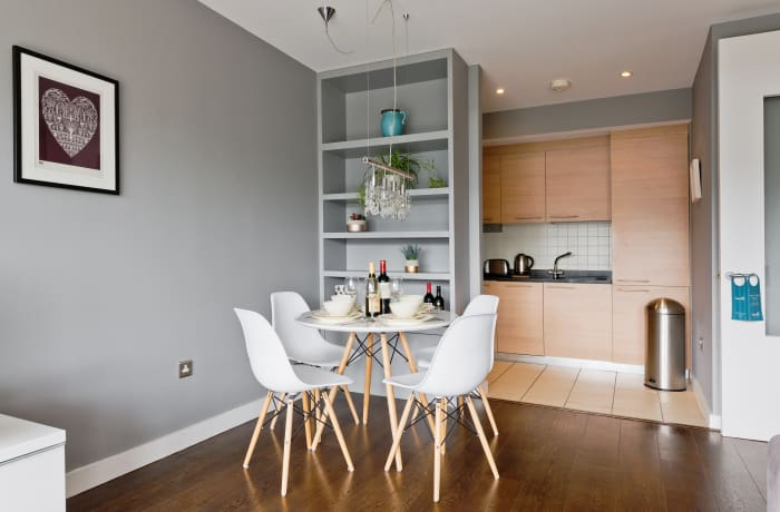 Apartment in Lovely Riverside, Grand Canal Dock - 7