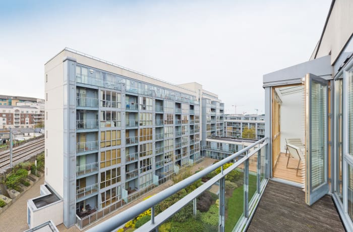 Apartment in Spacious Grand Canal VI, Grand Canal Dock - 0