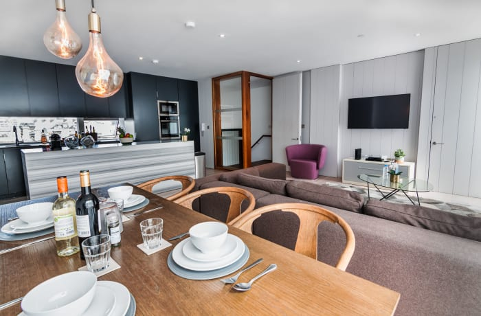 Apartment in Stylish Grand Canal IV, Grand Canal Dock - 1