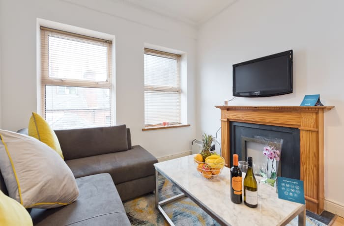Apartment in Great Georges Street, Temple Bar - 3