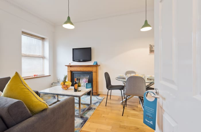 Apartment in Great Georges Street, Temple Bar - 16