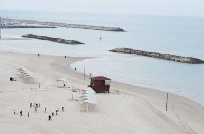 Apartment in Hasharon Beachfront, Herzliya Pituah - 11