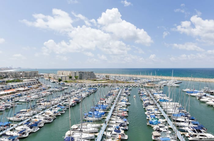 Apartment in HaTsedef Marina IV, Herzliya Pituah - 17