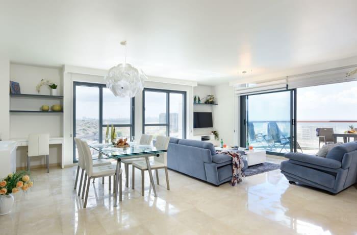 Apartment in HaTsedef Marina IV, Herzliya Pituah - 1