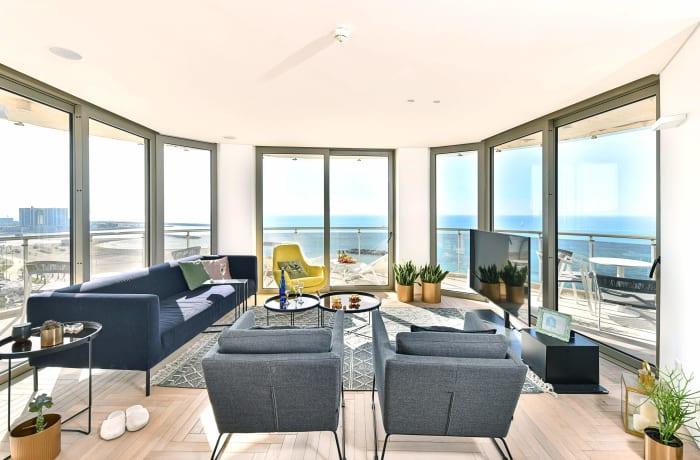 Apartment in Yam Shore, Herzliya Pituah - 3