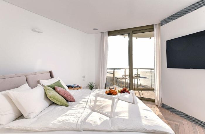 Apartment in Yam Shore, Herzliya Pituah - 5