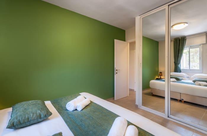 Apartment in Heletz, Baka - 11