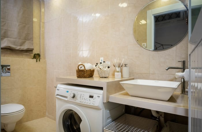 Apartment in Ben Yehuda II, City Center - 12