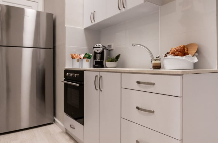 Apartment in Ben Yehuda III, City Center - 8