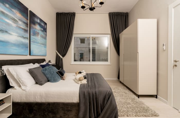 Apartment in Ben Yehuda III, City Center - 12