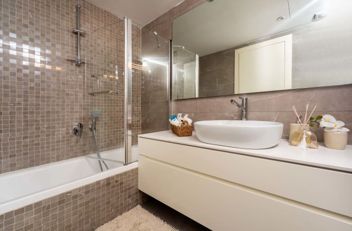 Apartment in HaRav Kook Penthouse, City Center - 11