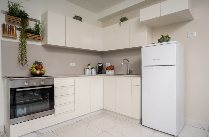Apartment in Stylish Even Israel II, City Center - 6
