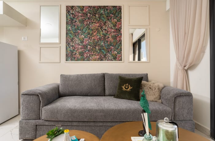 Apartment in Stylish Even Israel II, City Center - 4