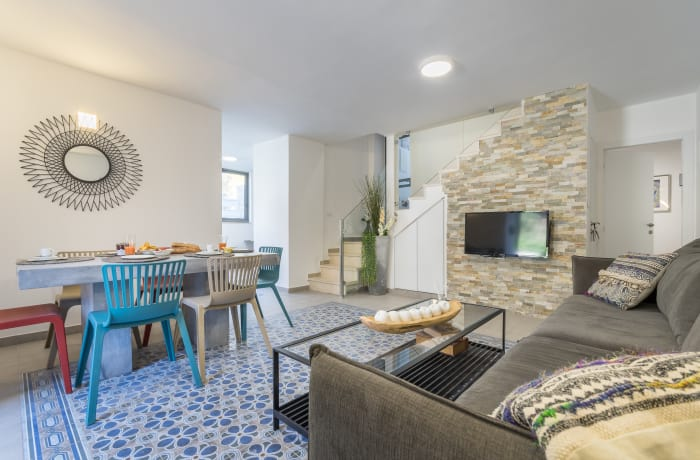 Apartment in Yehoash, German Colony - 1