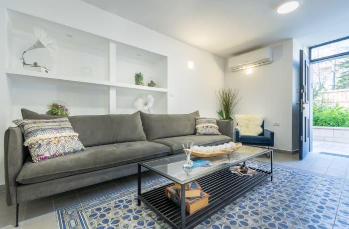 Apartment in Yehoash, German Colony - 9