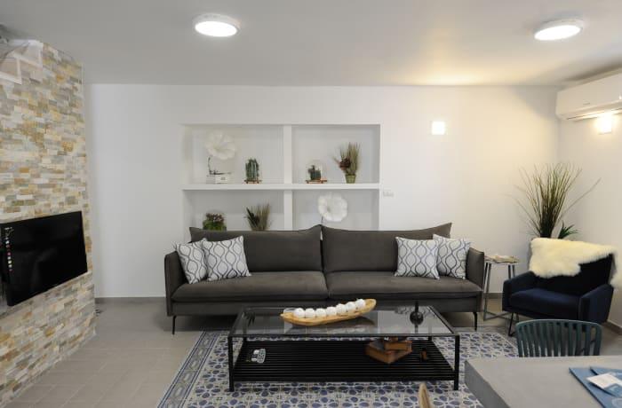 Apartment in Yehoash, German Colony - 2