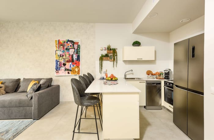 Apartment in Elegant J Tower I, Mahane Yehuda Market - 3