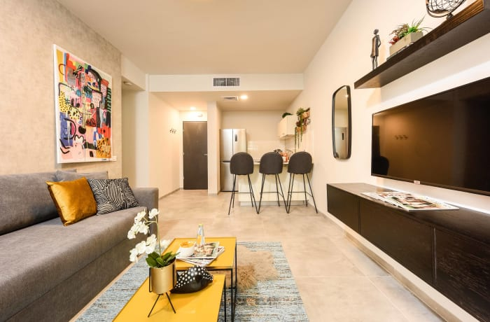 Apartment in Elegant J Tower V, Mahane Yehuda Market - 1