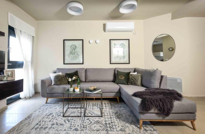Apartment in Chic Keren Hayesod IX, Talbieh- Rechavia - 1