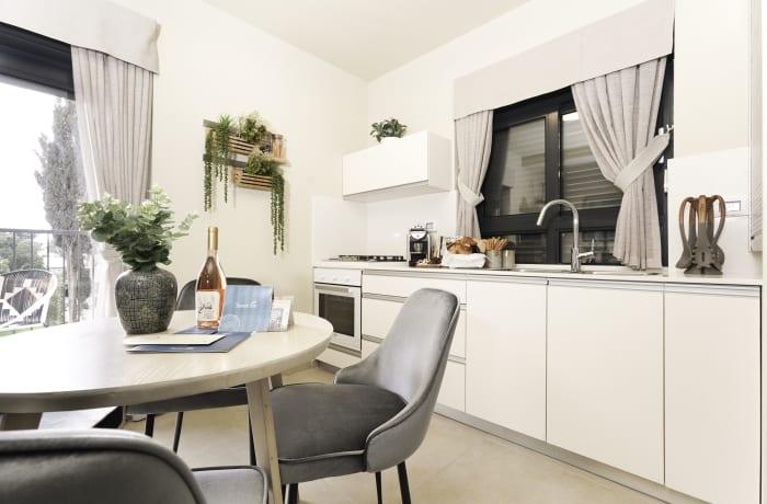 Apartment in Chic Keren Hayesod VIII, Talbieh- Rechavia - 2