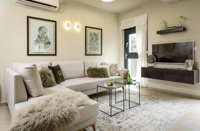 Apartment in Chic Keren Hayesod XII, Talbieh- Rechavia - 1