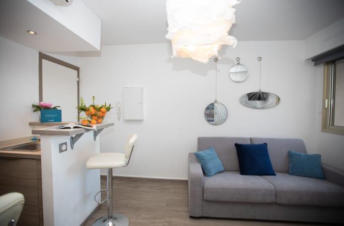 Apartment in Artistic Riviera 7E, Juan-les-Pins - 3