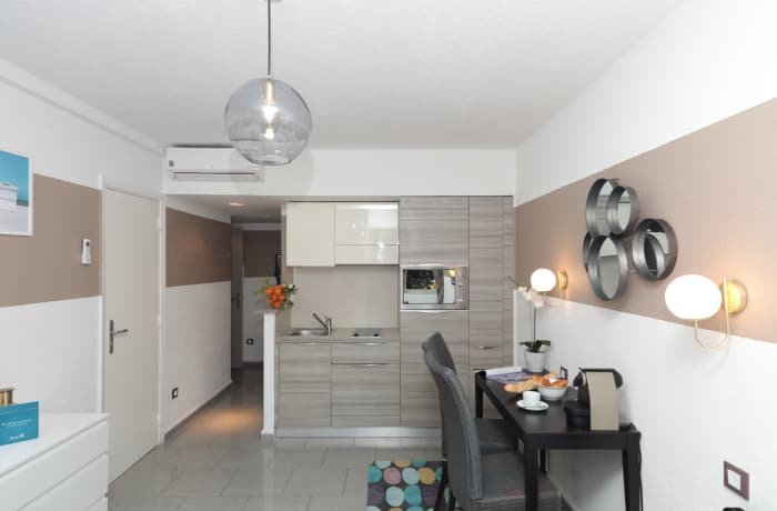 Apartment in Charming and Cosy 2D, Juan-les-Pins - 8