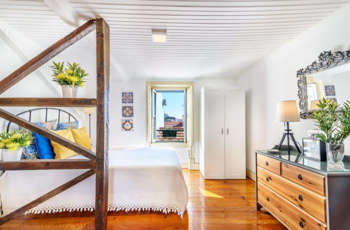 Apartment in Meio do Forte, Baixa - 2