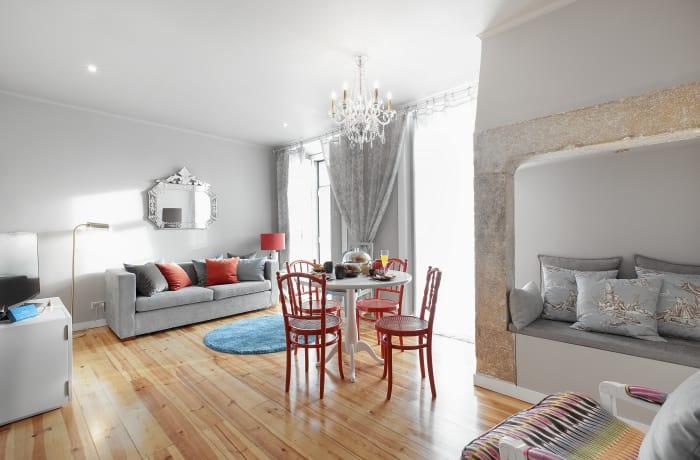 Apartment in Sao Mamede, Baixa - 3