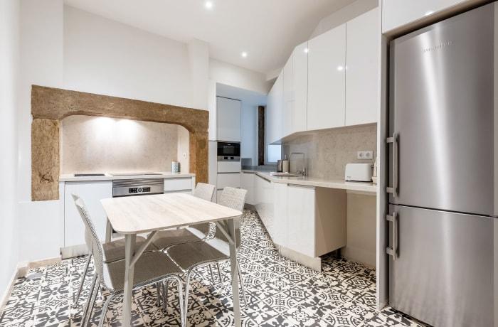 Apartment in Sao Nicolau, Baixa - 15
