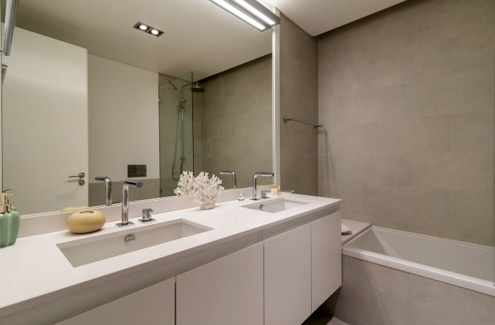 Apartment in As Flores II, Chiado  - 19