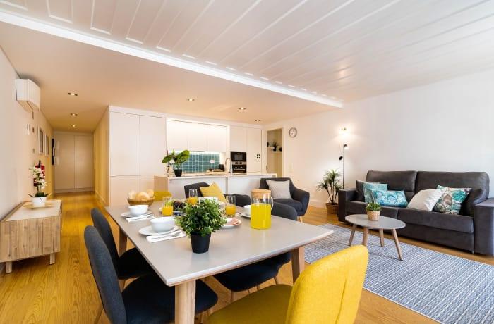 Apartment in As Flores III, Chiado  - 3